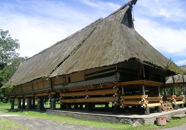 Rumah Adat Suku Batak Wajib Anda Ketahui